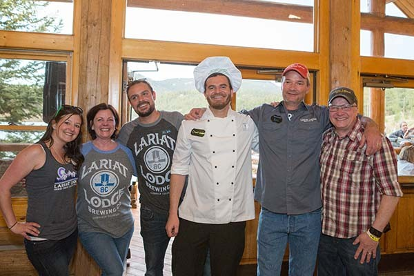 01 Lariat Lodge crew 1st place by Annie coppock